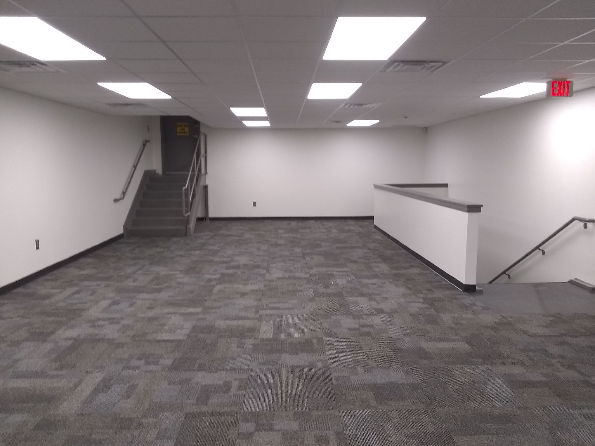 DDS Paints New Offices at Woodbury Nissan