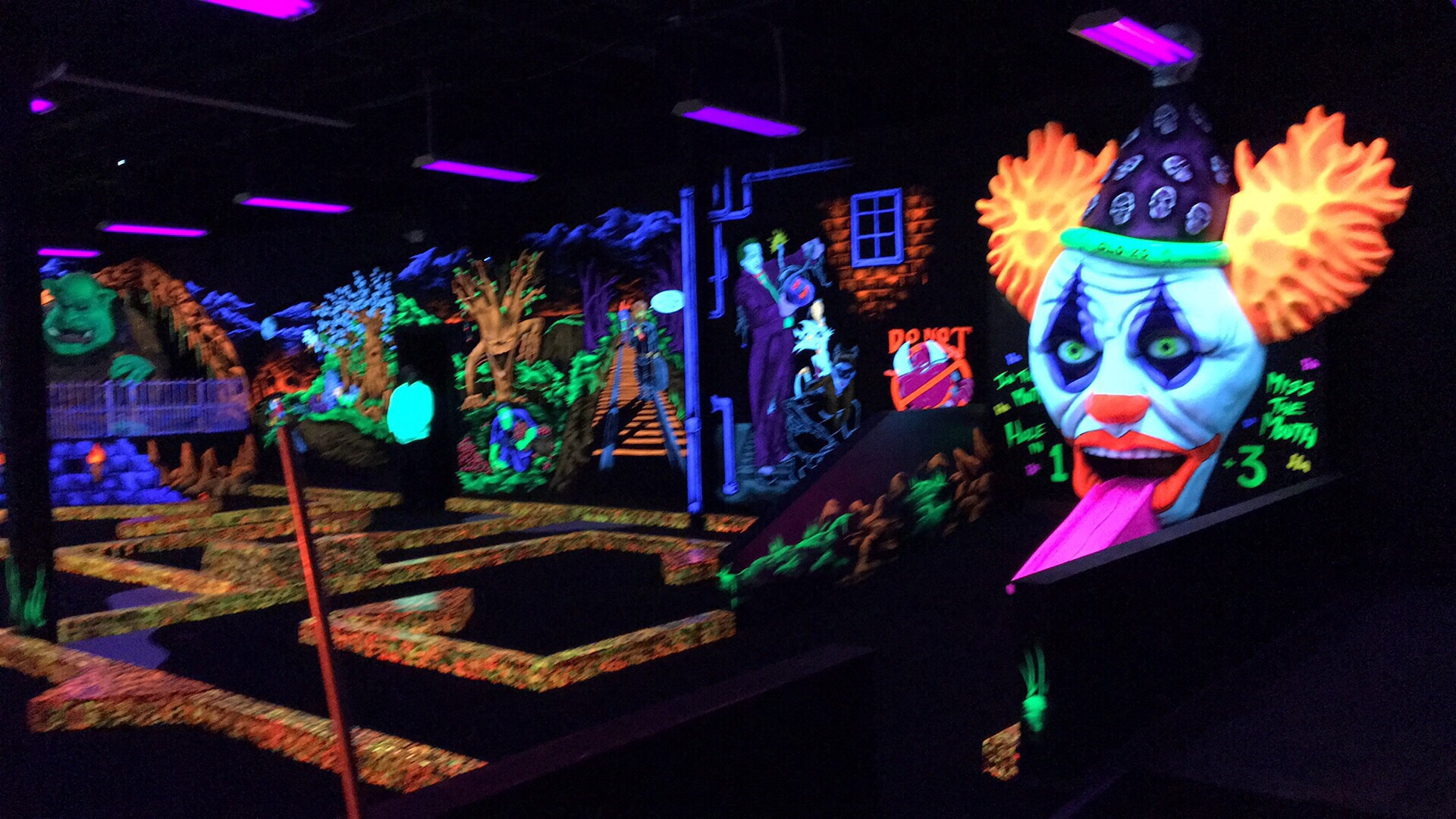 monster mini golf cherry hill